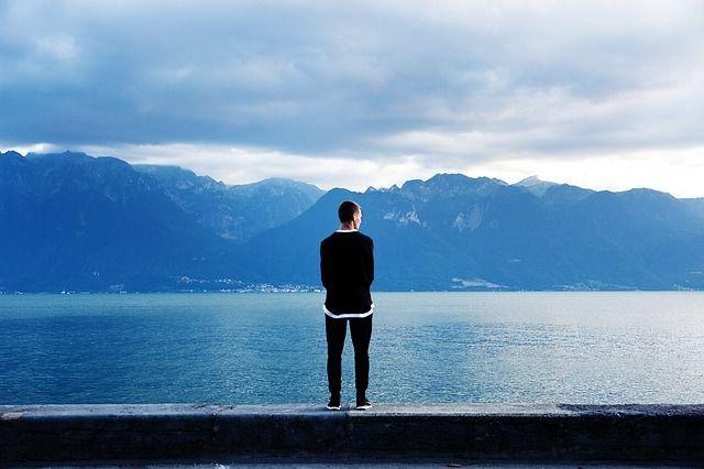 La soledad y el aislamiento social la nueva futura epidemia social