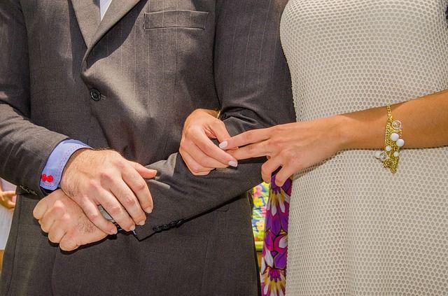 ¿Quiere evitar divorciarse? Espere un poco pero no demasiado, afirma una investigación