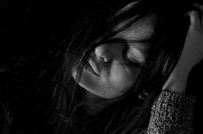 6 síntomas de la depresión encubierta