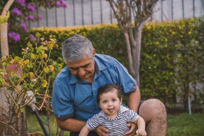 La edad si importa: la inesperada relación entre la edad paterna y el riesgo de trastornos del neurodesarrollo en niños