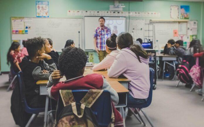 Neurociencia educativa. Una aproximación a nuevos estilos de enseñanza-aprendizaje.